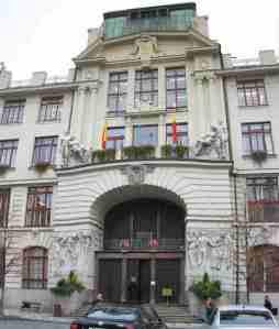 009-11-06 - Prag, Neues Rathaus-stitch