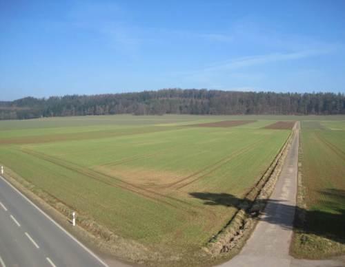 """Was ist aus dem Waldecker Bergland geworden - wo sind die Hecken, die Feldgehölze geblieben ? - Auch die über Jahrzehnte aus """"Grünem Plan"""" finanzierten und wie immer die Programme hießen, sind ersatzlos weg."""