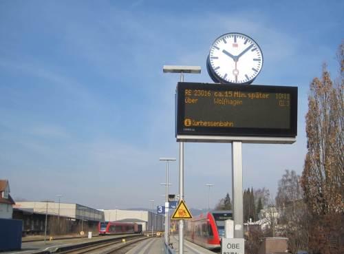 Oha, Verspätung - da schmilzt meine Umsteigezeit Richtung Null.