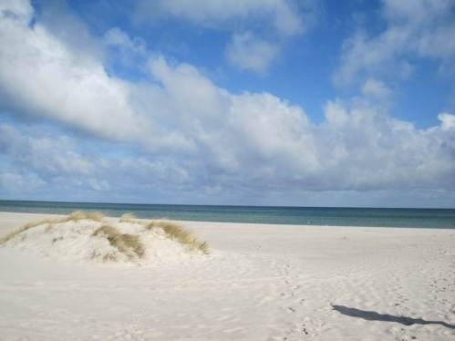 Was für ein Strand - und so leer! - Ja, wir haben ein Buchungsloch nach Ostern erwischt. Die Tourismus-Aktiven waren entgeistert.