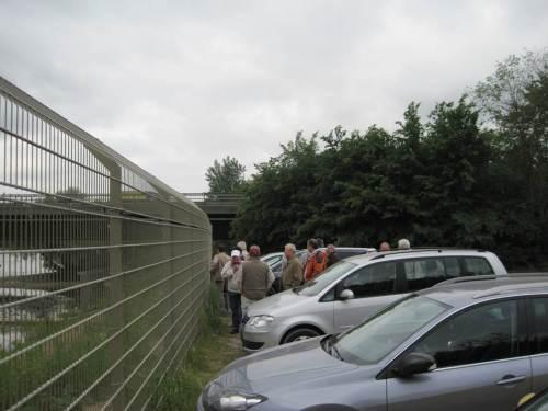 Am Zaun - wir wollen hier rein!