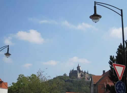Und da ist es - Kreisel-Blick aufs Schloss Wernigerode.
