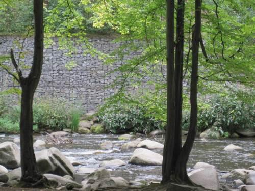 Gabionen-Wand