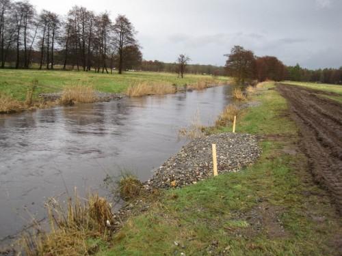 Der nähere Eindruck bestätigt: das Restaurieren beeinträchtigt den Hochwasserabfluss nicht.