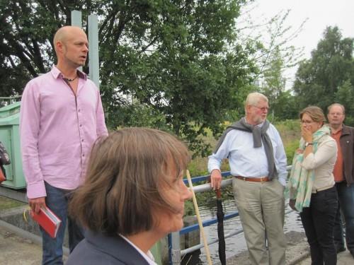 Fachkundig wurde in die Thematik eingeführt - Stadtgewässer mit vielen Teilproblemen, aber großem Entwicklungspotential.