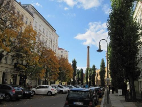 Schnell eine kleine Hunderunde um den Block. Die Berliner Herbstfarben sind sehenswert.