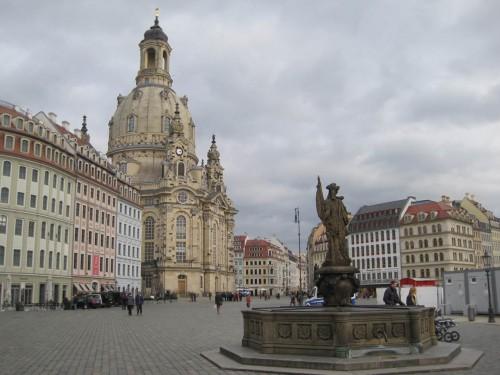 Wenn wir schon in Dresden sind, gucken wir natürlich auch Touristisches. Die Stadt hat viel zu bieten.