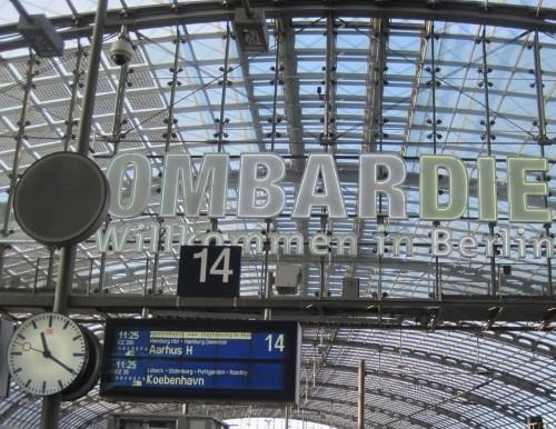 Tja, und dann Berlin - umsteigen in den ICE, volle Enge. Ganz DK scheint nach Hause zurück zu wollen.
