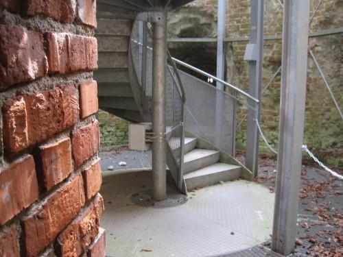 Beim Aussichtsturm wurde geschickt alte mit neuer Bausubstanz verknüpft.
