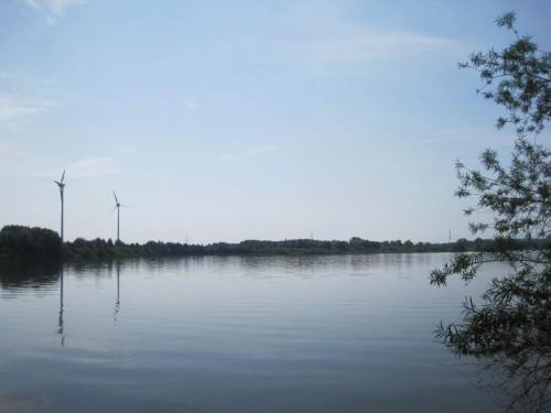 Blick über das Freiwasser gen Südosten - irgendwo müssen die über 40 ha Wasserfläche ja herkommen.