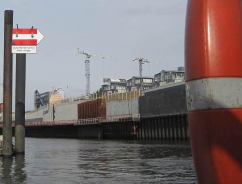 Wir sind berechtigt - fahren jetzt los und gucken erstmal im Binnenhafen.
