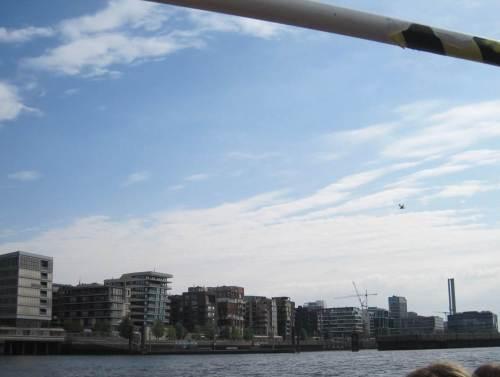 """Diese Bauweise in der Hafencity nennt der Volksmund """"Würfelkotzen"""". Wir werden mehr davon sehen."""