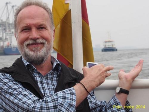 Blick nach Westen, gen Nordsee: Wen haben wir denn da!? Nein, nicht mich, unscharf über meinen Händen?