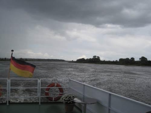 Und - es kommt, wie es muss - Sturmböen und Regen wollen uns wohl das Aussteigen verleiden.