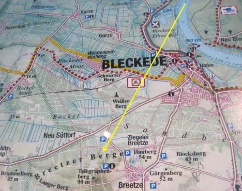 """Um das Rätsel gleich mit einem Kartenausschnitt aus dem Biosphaerium Bleckede zu beantworten: Ja, dort am südlichen Horizont liegen - bis ca. 100 m hoch - die """"Breetzer Berge""""."""