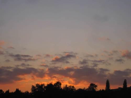 Nach Sonnenuntergang - ich verlasse Pegestorf beeindruckt.