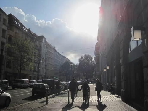High Noon, Berliner Sonne. Was haben wir wieder für ein Schwein!