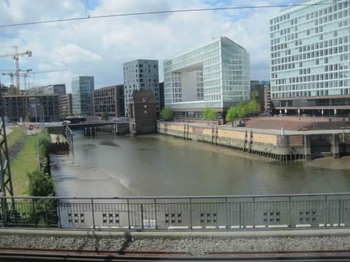 Klotzbau verhunzt Blickachse. Bleibt der Blick aufs Süßwasserwatt - mitten in der Stadt ...