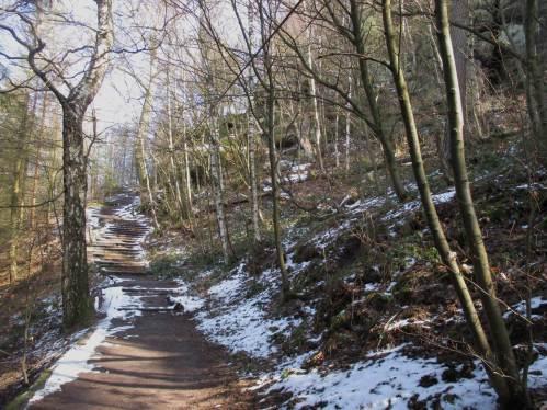 Am Nordwestaufstieg zum Pabststein - Schnee, aufmerksam gehen!