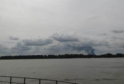 Kürzlich war da die Rauchwolke jenseits der Elbe, Großbrand in Buxtehude - zum Glück ein seltenes Ereignis, auf dessen Anblick man gern verzichtet.