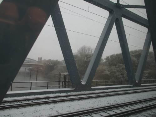 Uuuups, erster Stopp auf der Süderelbbrücke.