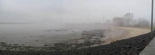 Wedels Badestrand - Was für ein Sandverlust. Es wird Zeit, dass die Wasserstraßenverwaltung für Ersatz sorgt.