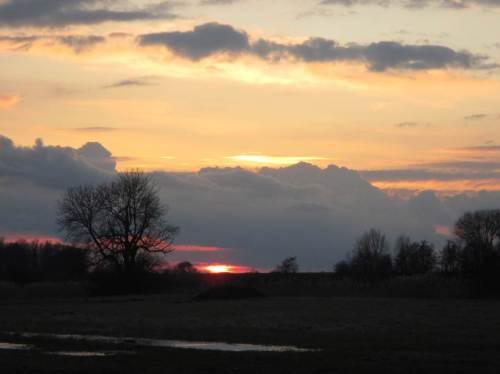 Sonnenuntergang vom Saatlandsdamm aus - Zeit nach Hause zu radeln.